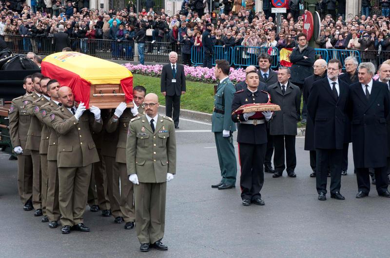 funeral-suarez-cibeles-15
